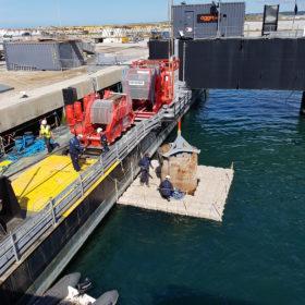 Travaux sur barge de travail EMR 2